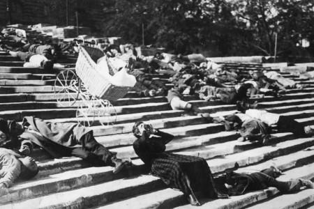 Le Cuirassé Potemkine de Sergueï Eisenstein (1925) - Critique de Amarok Magazine