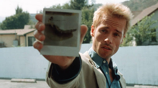 Christopher Nolan - Memento